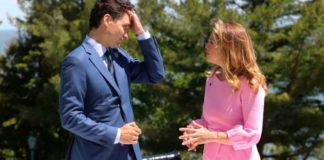 Justin Trudeau's Wife Tests Coronavirus